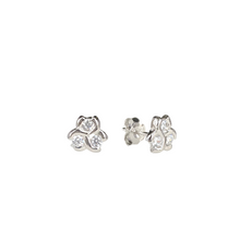 Lade das Bild in den Galerie-Viewer, Three Stone Honeycomb Stud Earrings