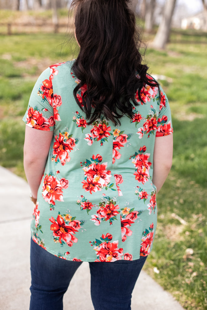 Spring Blooms Twist Top