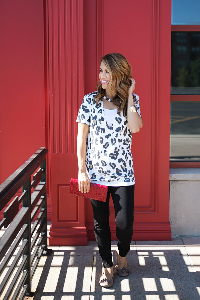 Leopard Choker Tee - Multiple Colors