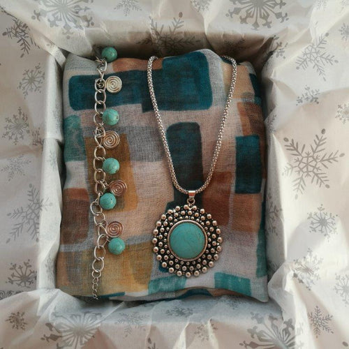 Bespoke Gift Boxes | The Turquoise Gift Box | Open | Gift Ideas For Her | For Women | Gifting Made Simple