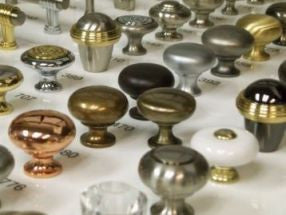 Knobs and Pulls