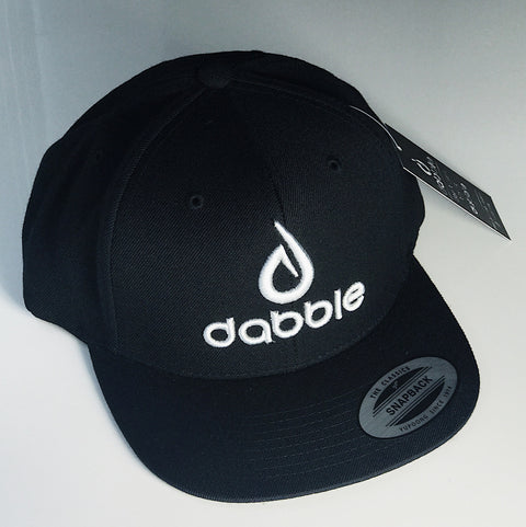 Dabble Brand and Logo Snapback(White/Black)