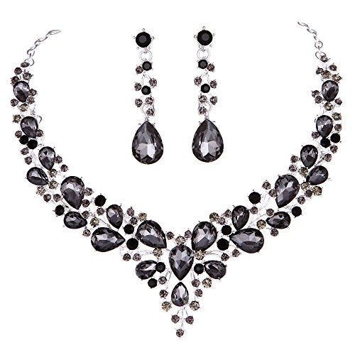 Crystal Necklace and Earrings Jewelry Set