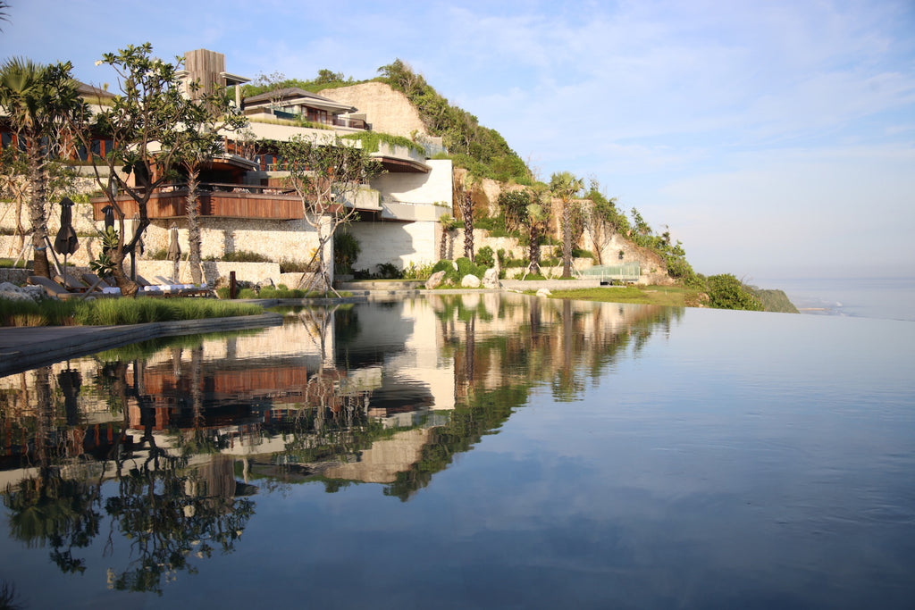 Six Senses Uluwatu Laguna Fin Bali Travel
