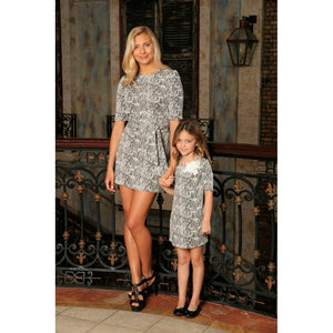 Black White Stretchy Elbow Sleeve Casual Shift Mother Daughter Dress