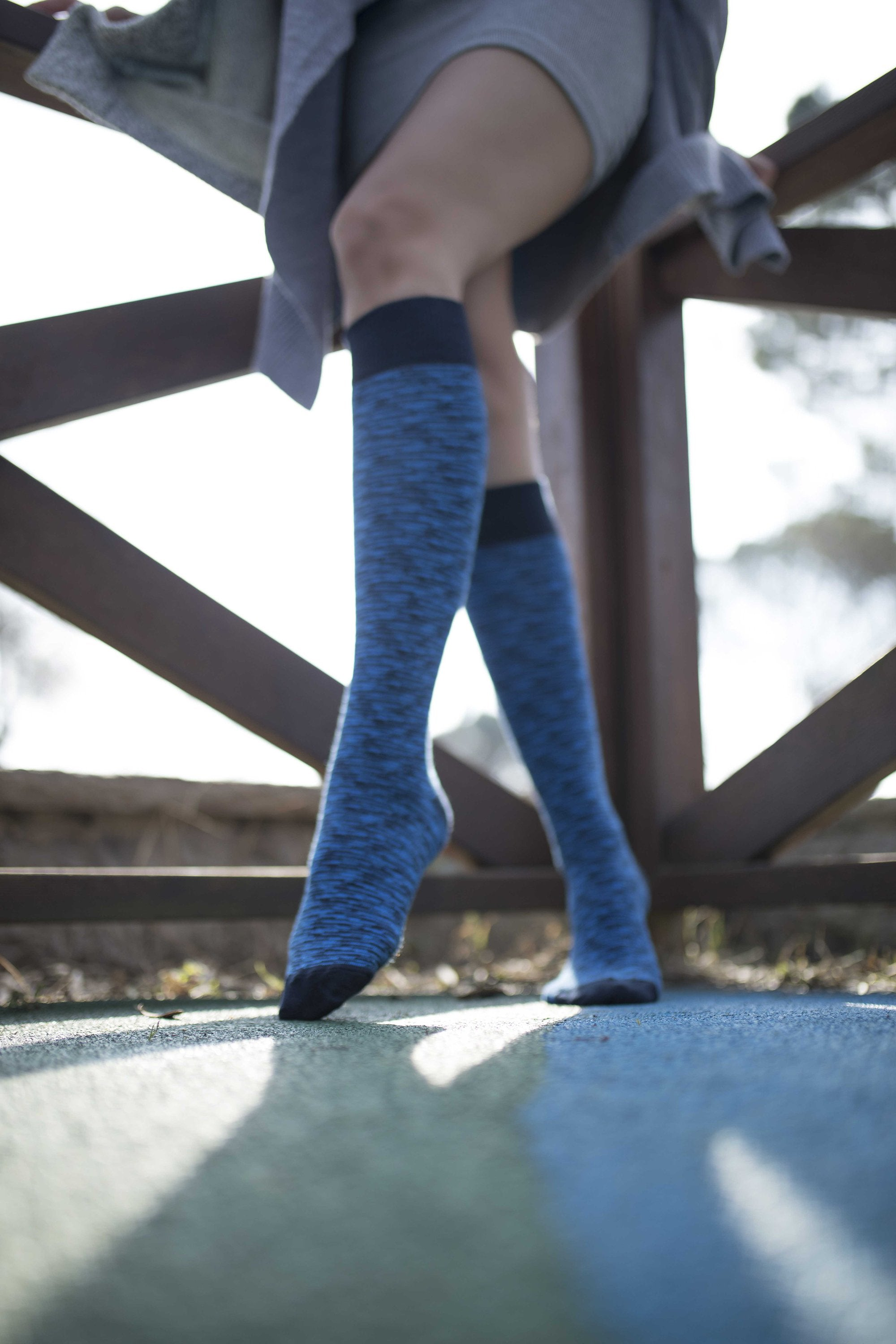 Women's Sky Grizzled Stripe Knee High Socks