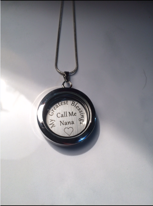 Floating Locket (comes with Plate and Chain!)