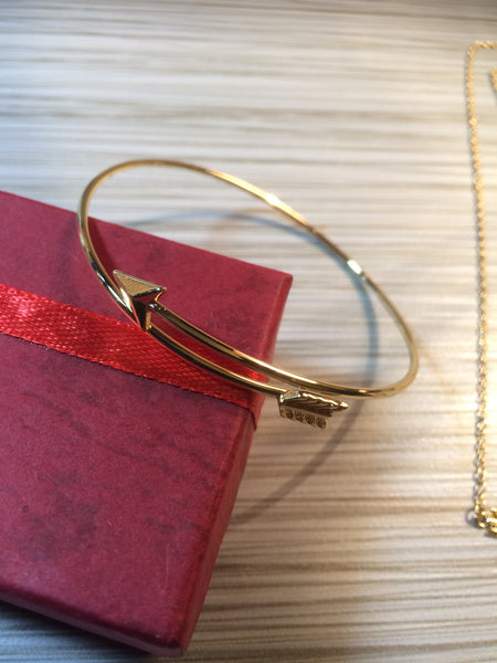 Follow Your Arrow Necklace and Bangle Set