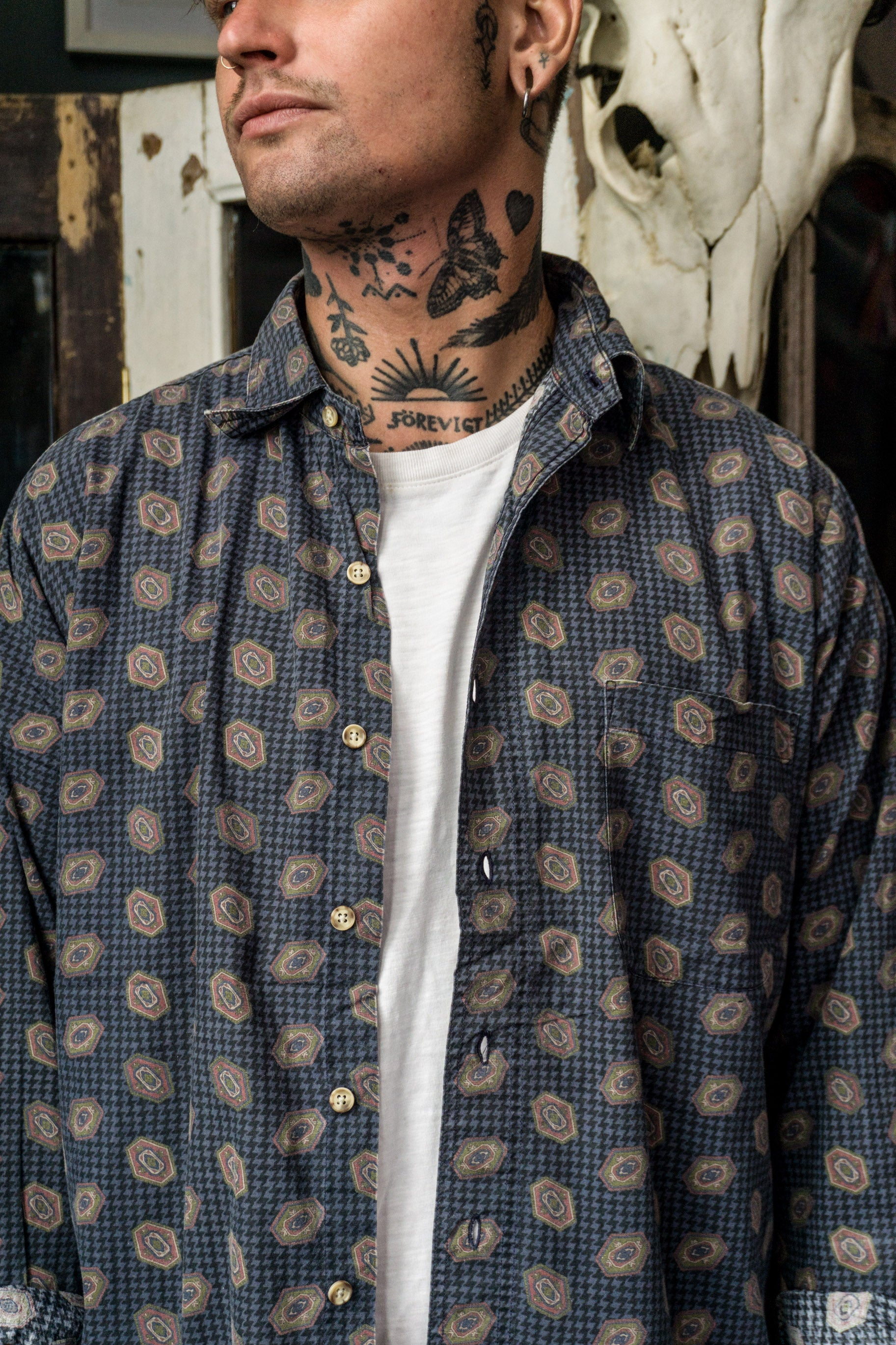 Roundtree & Yorke Button Up