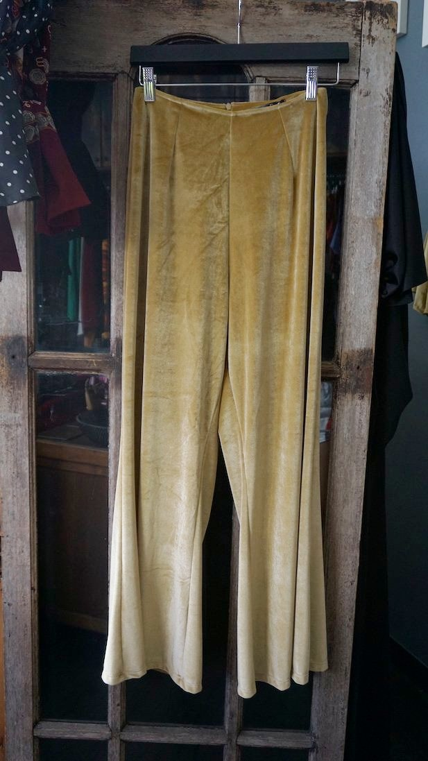 Jane Doe Exclusive Velvet Flare Pants - Gold