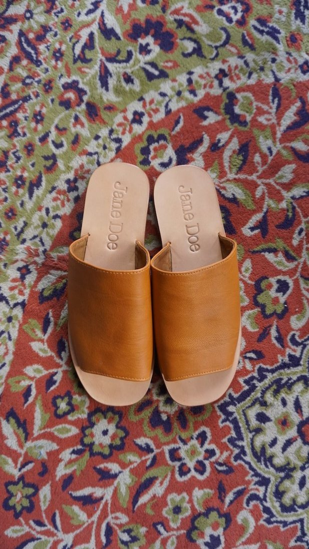 Slip Sandals - Brown