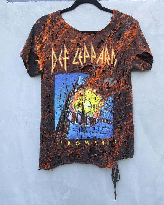 Def Leppard Distressed Vintage T-Shirt