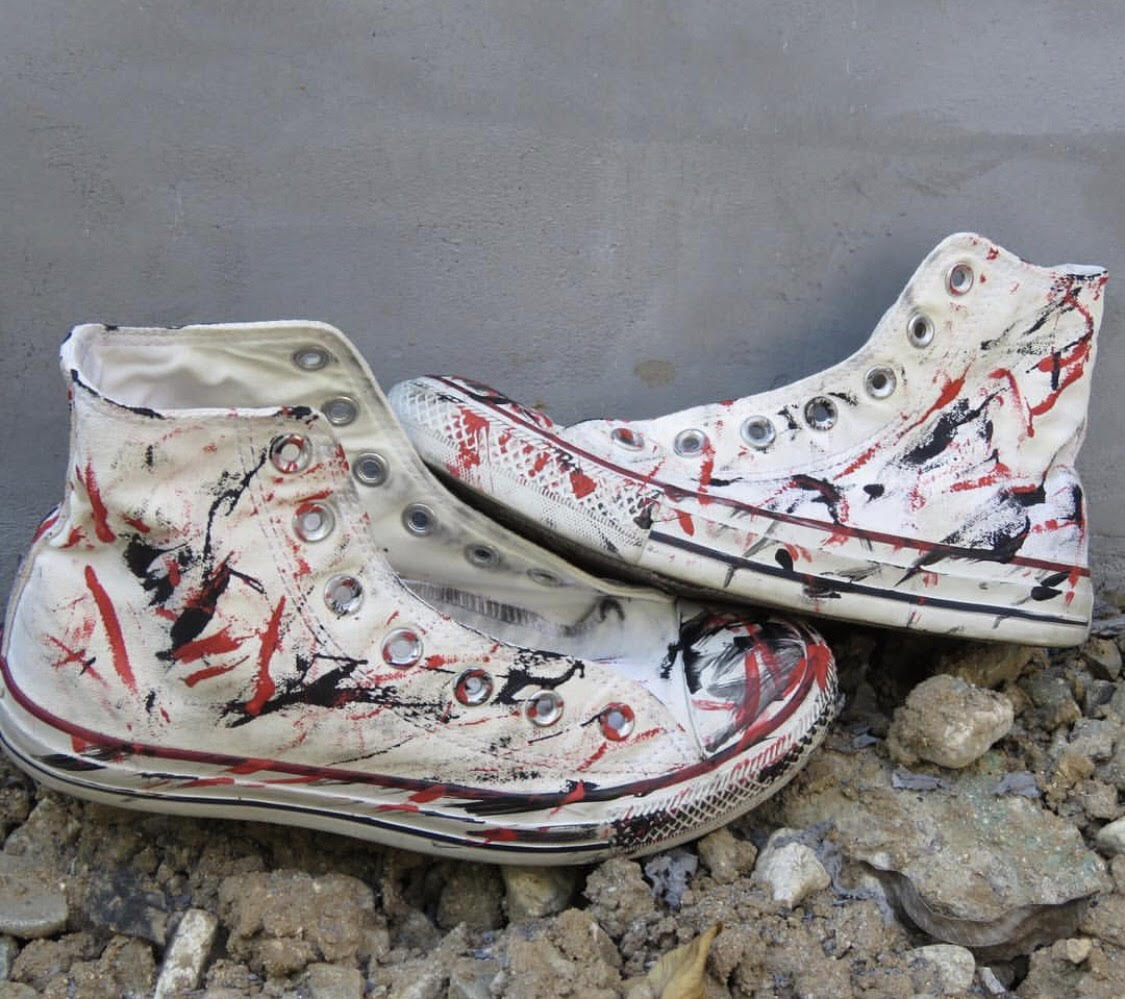 Eso Autrograph Collection: Custom Chuck Taylors or Vans