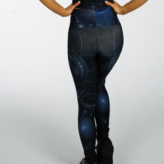 Fracticle Leggings - Iron Queen