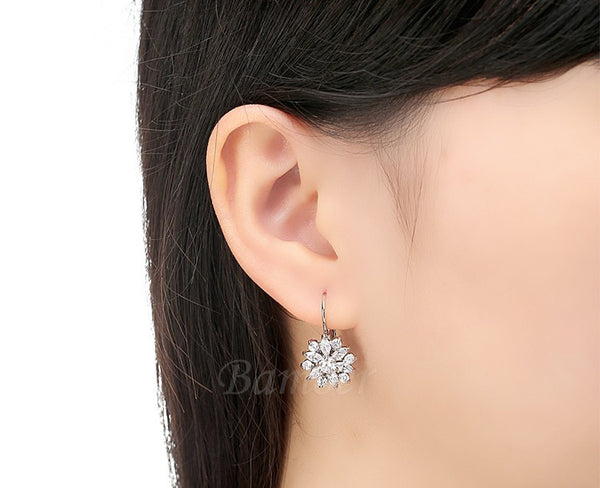 Silver Flower Jewelry Set with Cubic Zircon