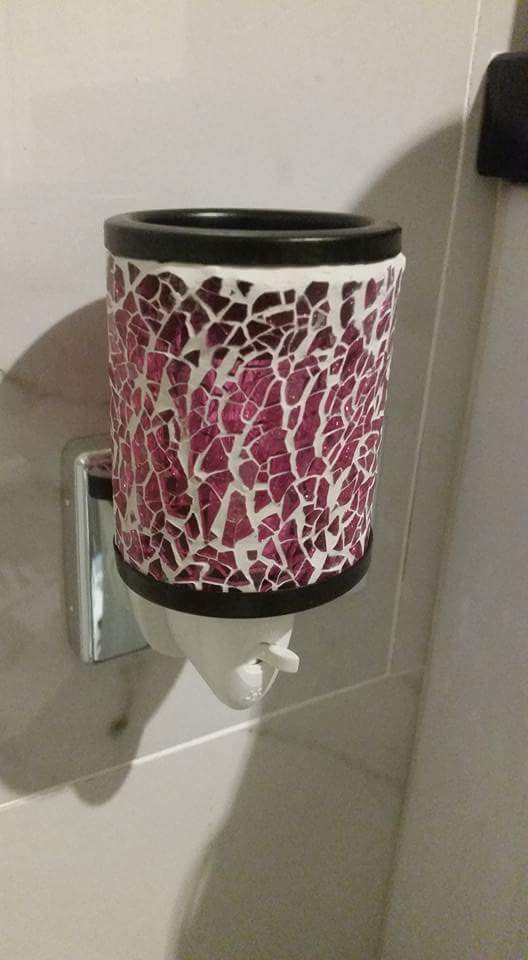 Pink mosaic  plug in warmer