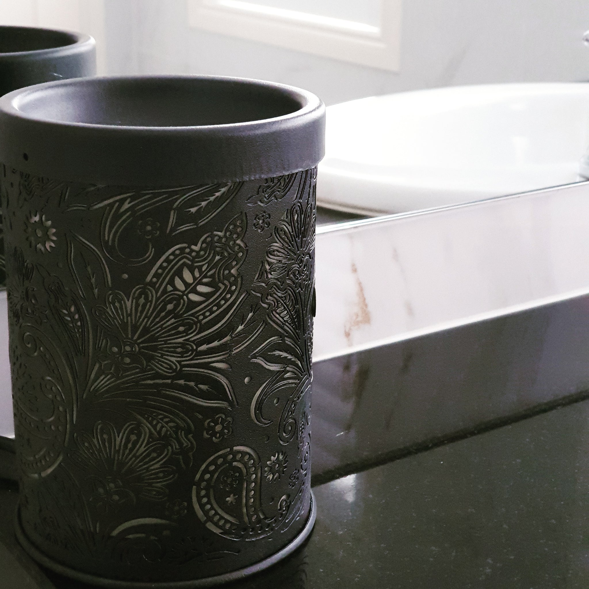 Tribal melt warmer