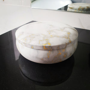 Marble tin candle