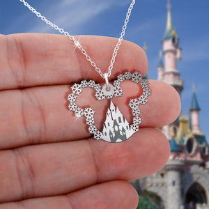 Walt Disney World Necklace  [CORONA UPDATE: SHIPPING TO CANADA & AUSTRALIA IS UNAVAILABLE AT THE MOMENT]