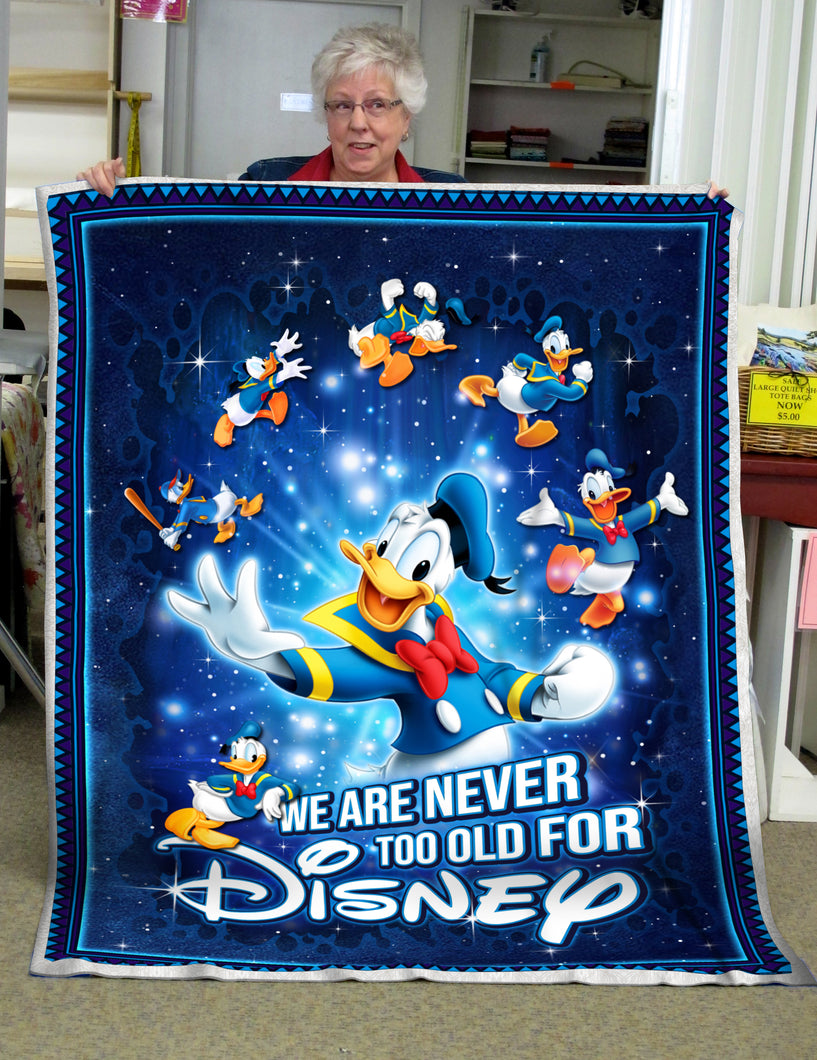 Donald Never old for Disney - Premium Blanket