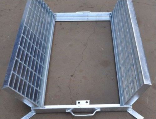 Heavy Duty Galvanized Steel Drainage Grate & Frame (Center Open) 1000mm x 1000mm x 50mm