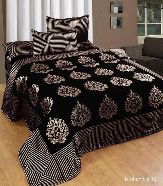 Crafty Chenille Bedcovers for Art Lovers - Black