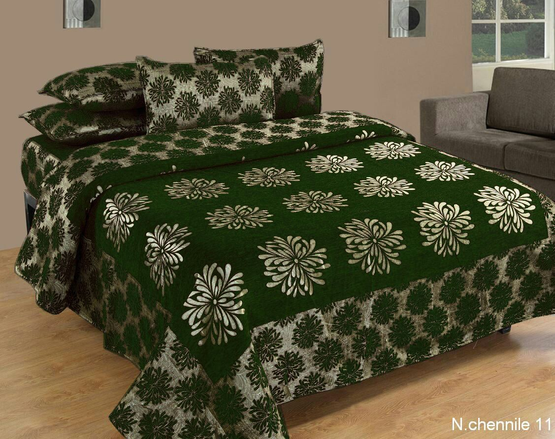 Morning Blossoming Flowers Chenille Bedcovers - C