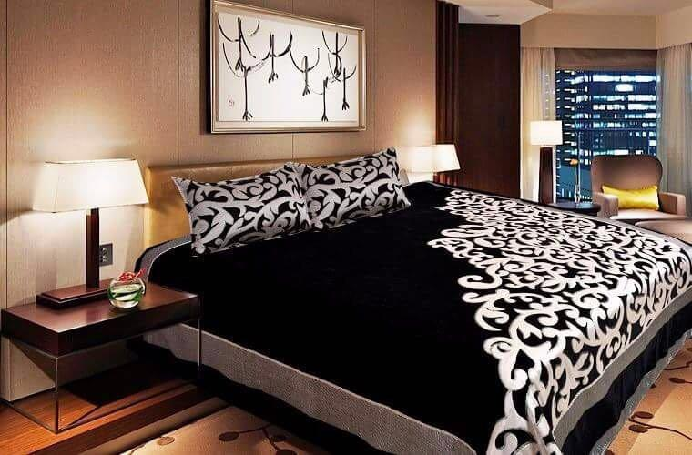 Work of Art Royal Heavy Chenille Bedcovers - Black
