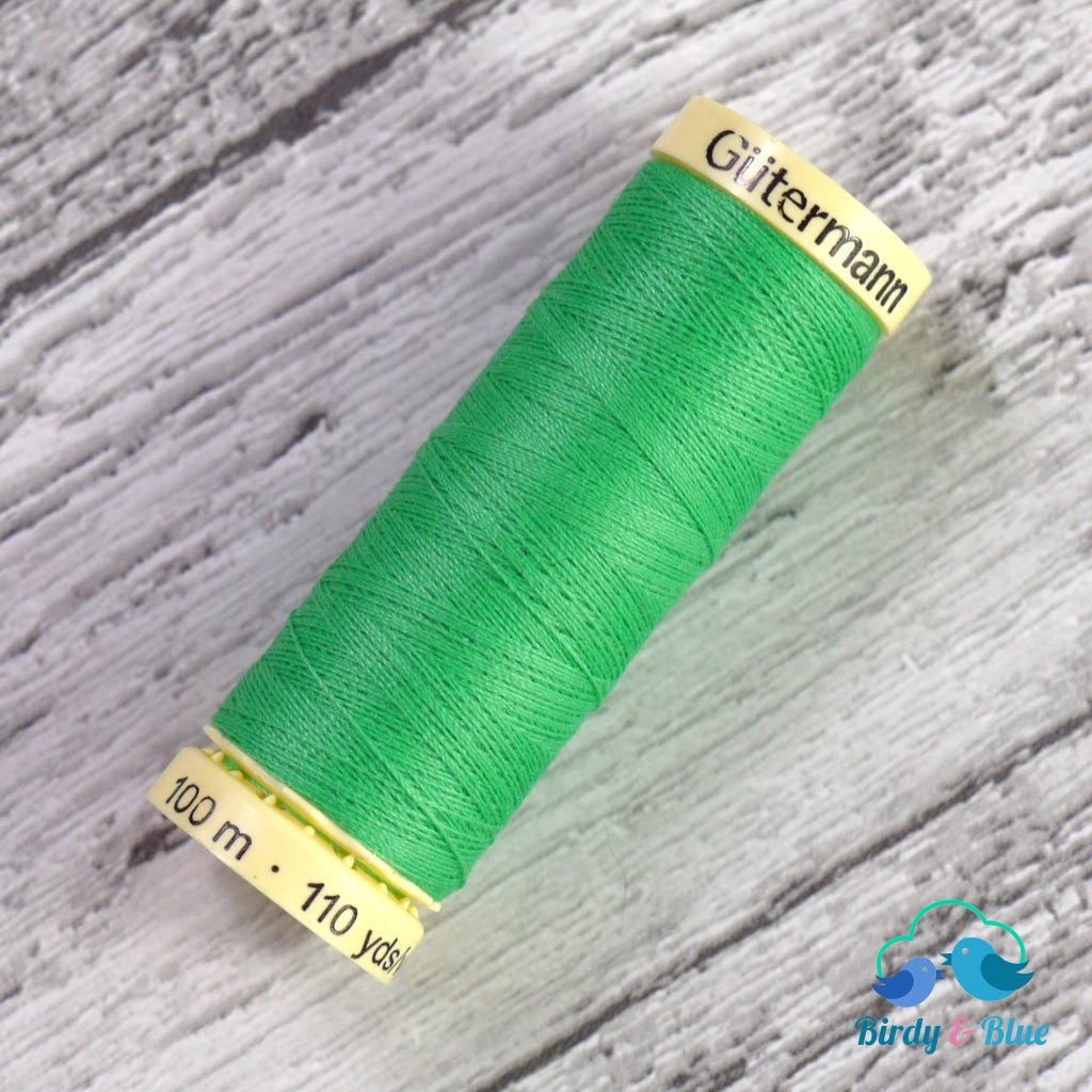 Gutermann Sew-All Thread #401 (Kelly Green) 100M / 100% Polyester Sewing