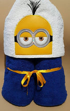 Minions Hooded Towel