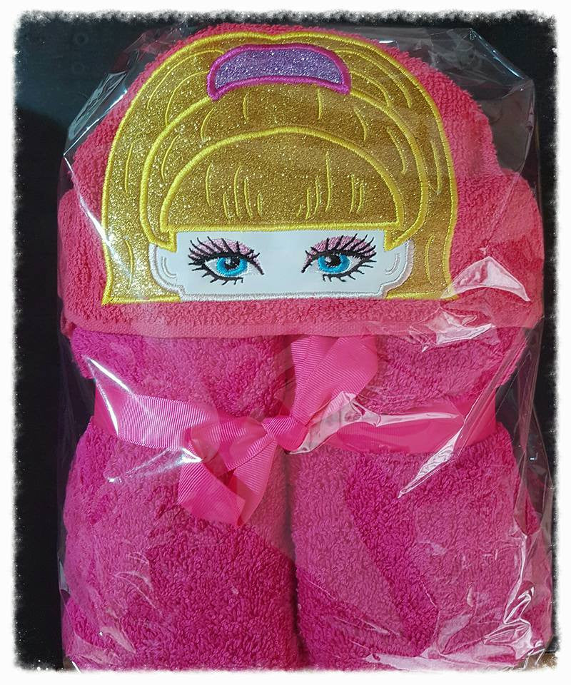 dolly Hooded Towel