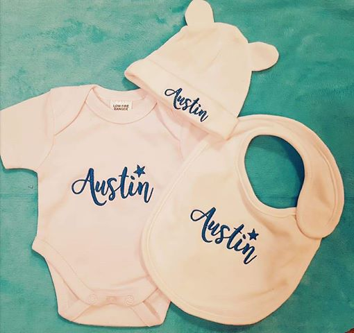 Newwborn Name Onesie Set