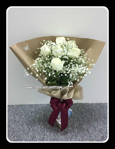 White Rose Bouquet- ZZR1133val