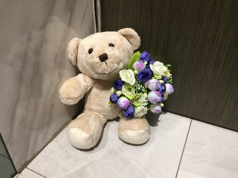 Bear with Artificial Flower - ZZR2178