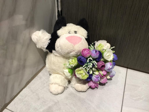 Soft Toy with Flower - ZZR3548