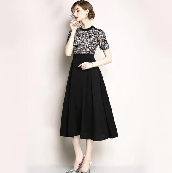 Women Elegant Embroidery Dress Vintage High Quality Designer A-Line Long Dress