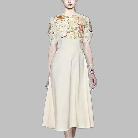 Women Chiffon Embroidery Dress Summer Runway Short Sleeve White Vintage Slim Floral Dress