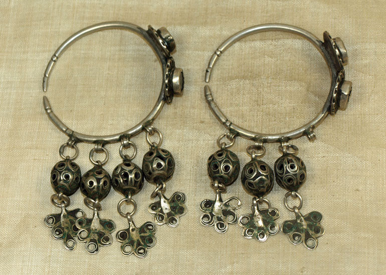 Vintage Early 1930s Silver Berber Earrings from Morocco