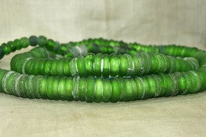 "Strand of Rare Old Green ""Dogon Donuts"""
