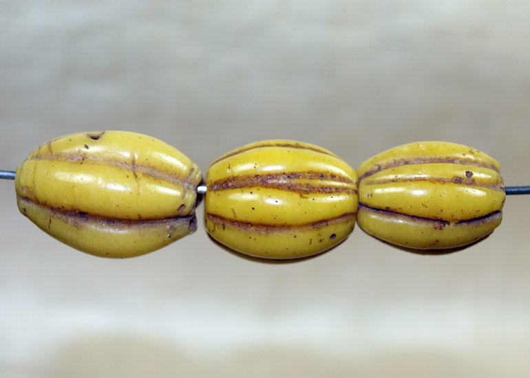 Antique Peking Glass Fluted Bead