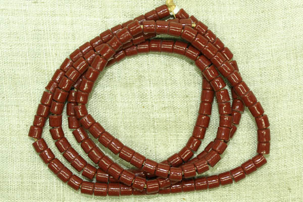 Short Red-Brown Bugle Beads