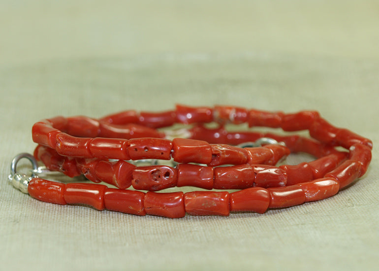 Strand of Vintage Italian Coral from the Lou Zeldis Component Collection