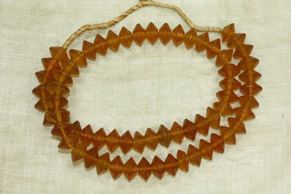 Excellent Amber-Yellow Vaseline Beads