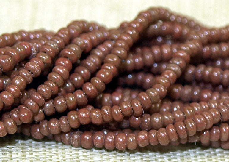 16º Greasy Opaque Light Brown Seed Beads