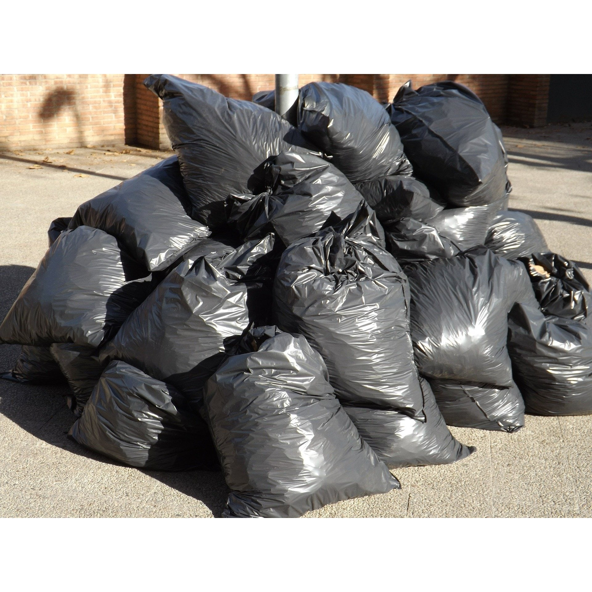 30 Gallon Garbage Bags - Black