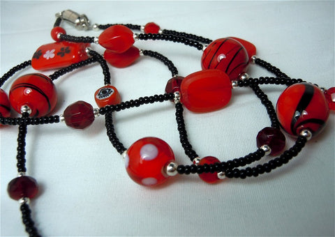 Red and Black Beaded Lanyard with Glass Beads and Magnetic Safety Clasp