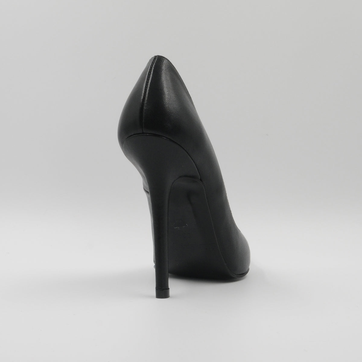 Lola Domecq Martina In Black and White Handcrafted leather high heels