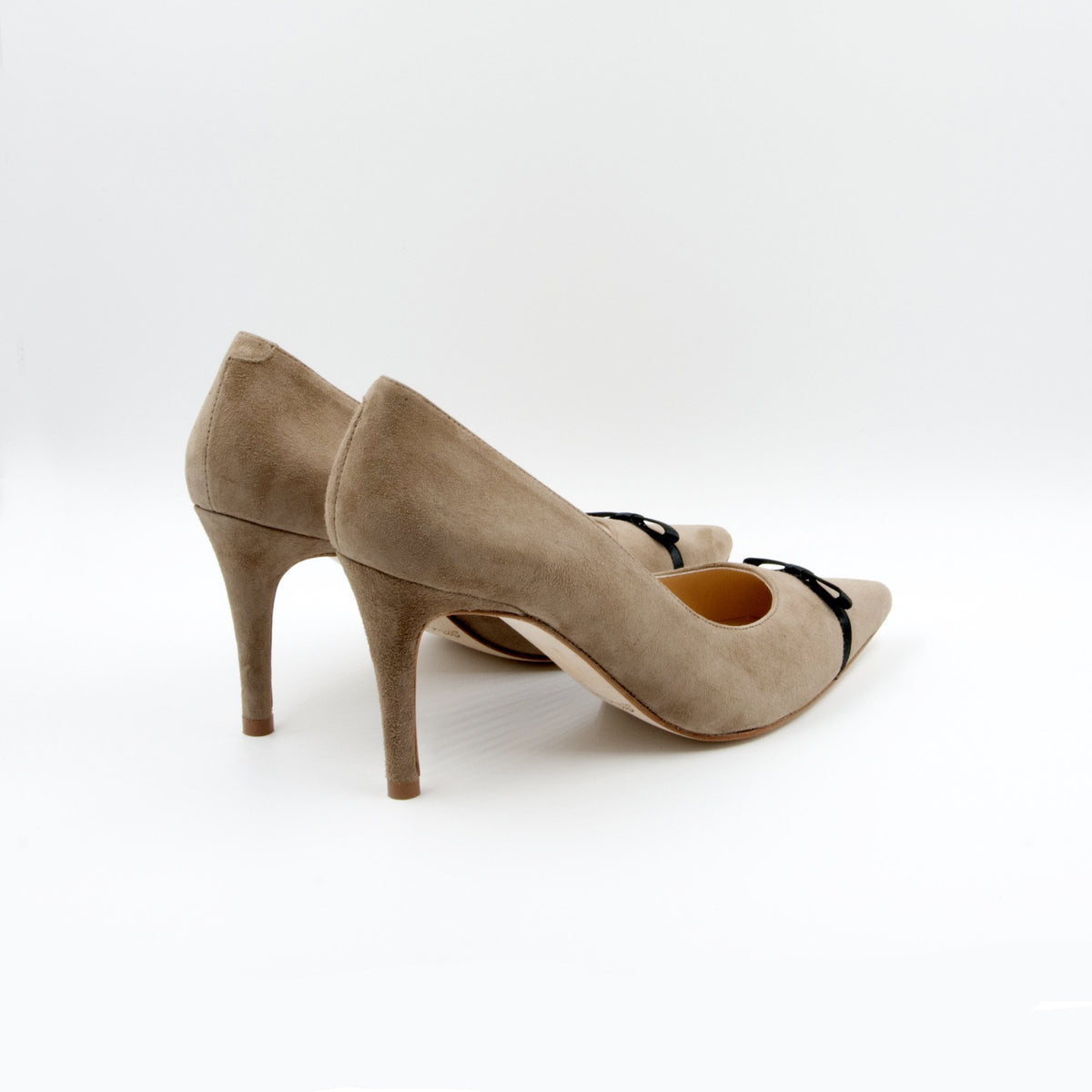 Lola Domecq Priscila in Camel hand made stilettos