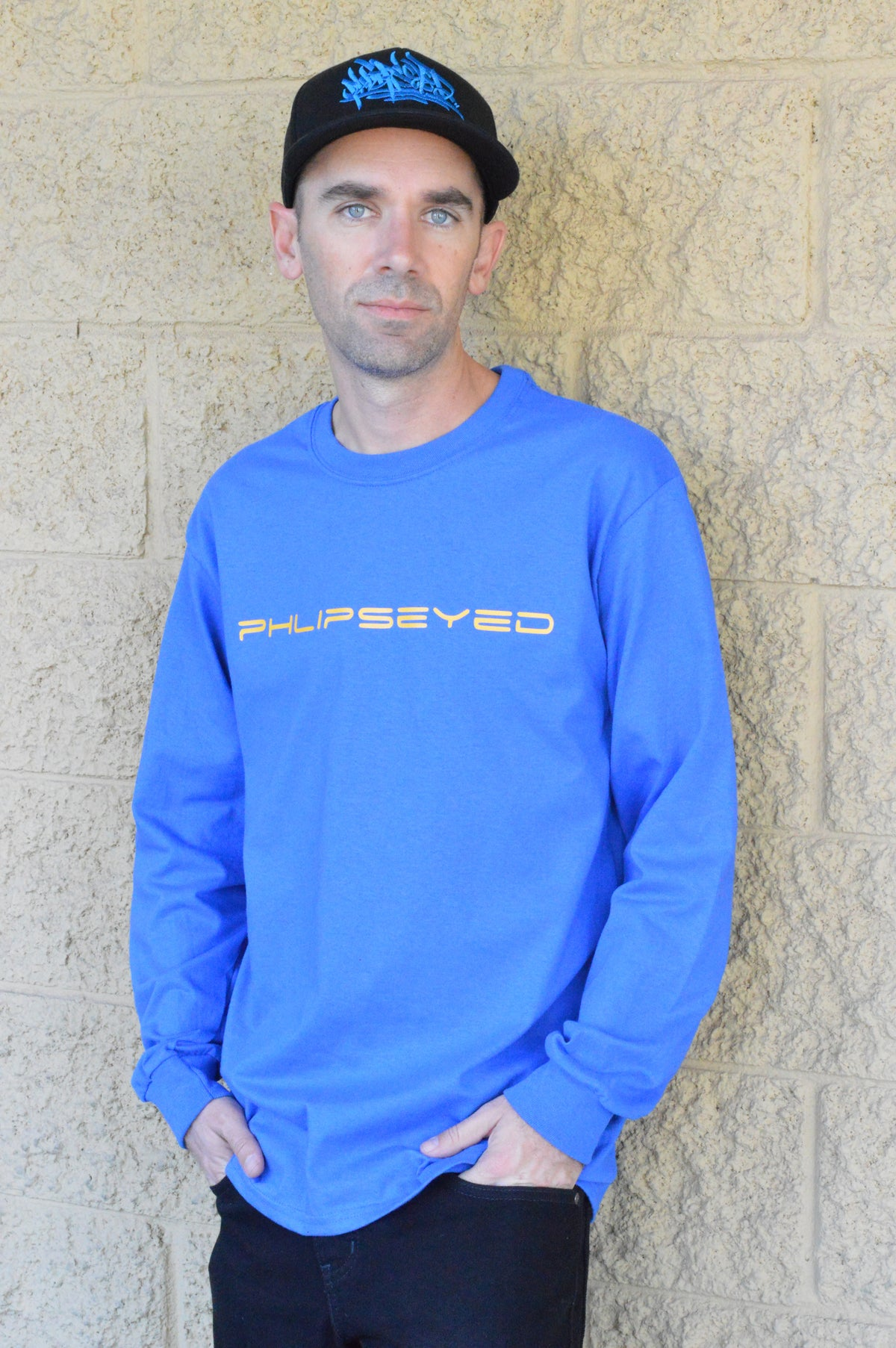 Phlipseyed Sakik Men's Long Sleeve Tee/Blue