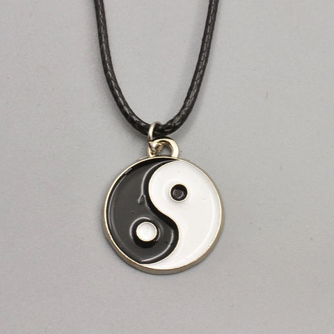 Ying yang choker necklace